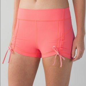 Lululemon scrunch shorts 2